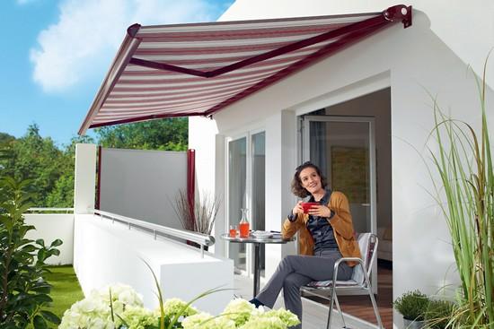 Damit der Sonnenschutz lange gut in Form bleibt, kommt es auf die richtige Pflege der Markise an. Foto: djd/Lewens-Markisen