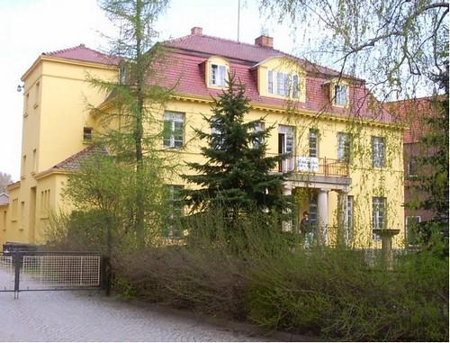 Villa , ehemalige Fabrikantenvilla in Sachsen
