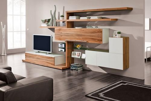 Mut zum Design: Trendige Formen kommen in hochwertigen Holzqualitäten besonders gut zur Geltung. Foto: djd/TopaTeam