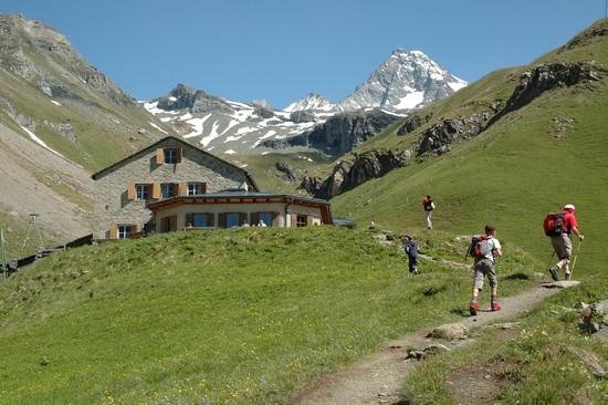 2500 Kilometer markierter Wanderwege unterschiedlicher Schwierigkeitsgrade, darunter zahlreiche Themenwege, machen Osttirol zum Paradies für aktive Urlauber. (Foto: epr/Osttirol Werbung)